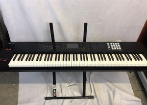 Roland FA 08 for Sale in Los Angeles, CA