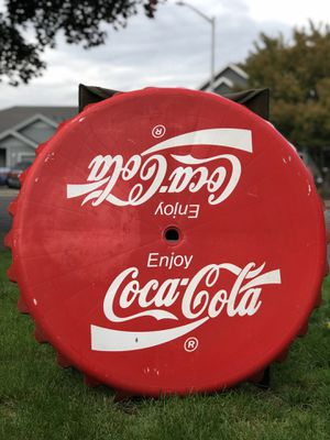 """Vintage Big Coca-Cola Plastic Bottlecap Table Top/ Sign 36""""X 36"""" Made In Canada. for Sale in North Plains, OR"""