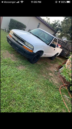 99 Chevy s10 for Sale in Lecanto, FL