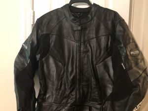 1PC BLACK GENUINE LEATHER MOTORBIKE RIDING RACING SUIT for Sale in Woodlawn, MD