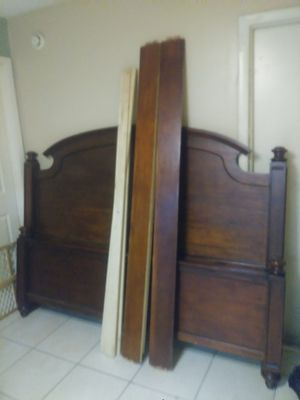 High quality solid wood king size bed frame complete headboard footboard side rails for Sale in Palm Harbor, FL