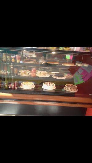 Vitrina refrigerador para pasteles o postres for Sale in Delta, CO