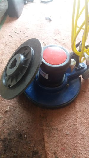Renown Floor scrubber for Sale in Woodburn, OR