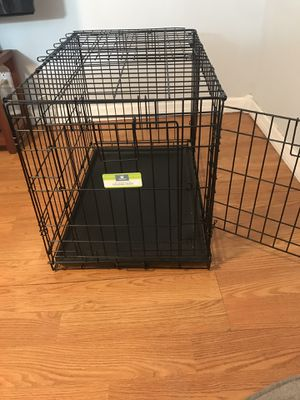 Dog Crate 30 x 19 x 21.5; Like new! for Sale in West Palm Beach, FL