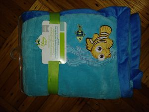 Brand new Finding Nemo plush nursery blanket for Sale in Brooklyn, NY