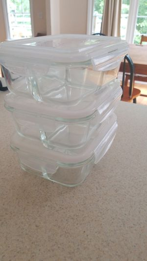 6 food containers (3 glass, 3 plastic) for Sale in Chapel Hill, NC