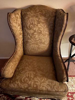 Wing back chair for Sale in Temecula, CA