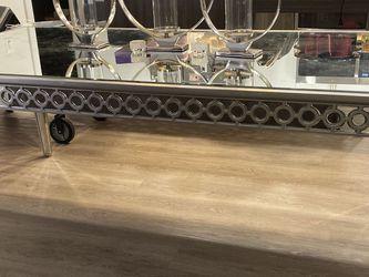 ZGallerie Sophie Mirrored Dinning Table for Sale in Ashburn,  VA