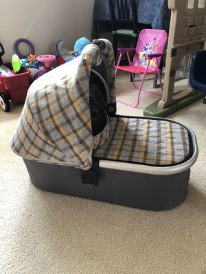 UPPAbaby vista bassinet for Sale in Aurora, IL