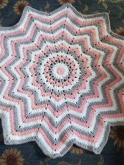 12 Point Star Crochet Blanket for Sale in Fairmont,  WV