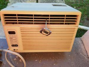 LG air conditioner (6500 btu) for Sale in Hollywood, FL