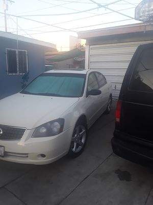2005 Nissan Altima 2.5 Great everyday car! 138K Miles for Sale in Los Angeles, CA
