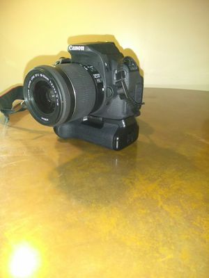 Canon EOS Rebel T5i for Sale in Brockton, MA