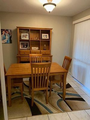 Dinning Room set with Buffet for Sale in Tampa, FL