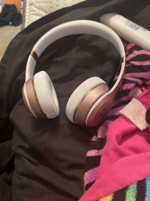Beats solo 3s for Sale in Petersburg, VA