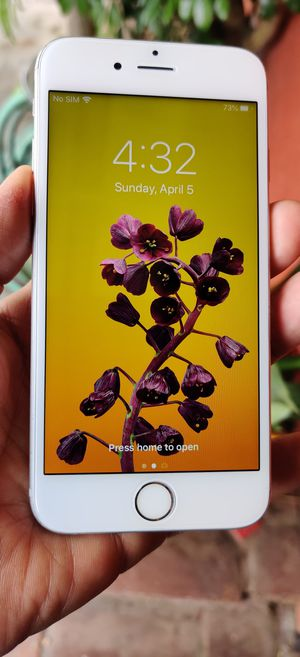 iPhone 6S 64gb for Sale in Los Angeles, CA