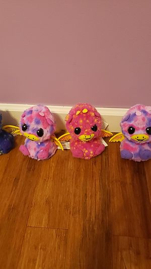 Hatchimals total 4 used vwry gently for Sale in Westminster, CA