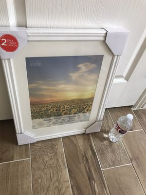 Set of 2 frames 14 x 18 for Sale in Peoria, AZ