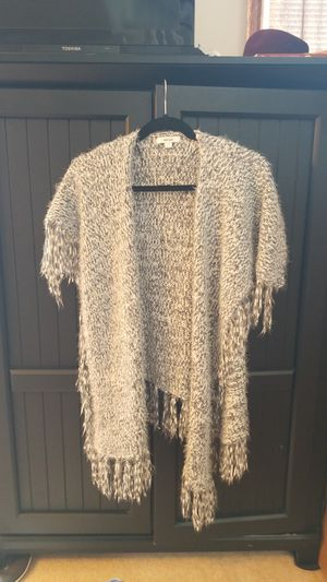 Kensie fringe cardi. Ladies Size M(Stitchfix purchase) for Sale in Puyallup, WA