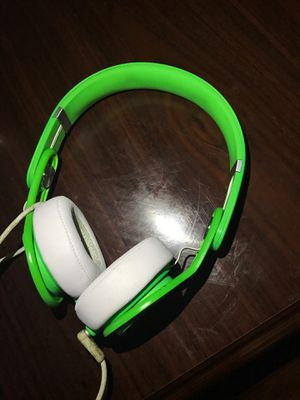 $150( will negotiate) Beat mixr by Dre (used) works PERFECT comes with original aux cord for Sale in Murfreesboro, TN