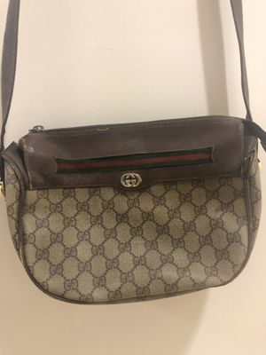 Authentic 1970s Antique Gucci Shoulder Bag **WILL NEGOTIATE** for Sale in West Palm Beach, FL
