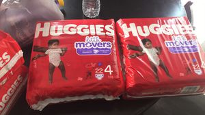 Huggies size 4 for Sale in Houston, TX