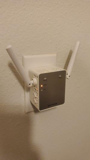 Netgear Wifi Extender 3700 for Sale in Newcastle, WA