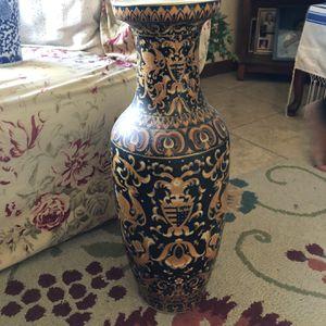 Antique Vase for Sale in Hollywood, FL