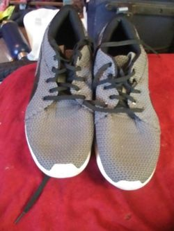 Mens Size 11 Puma Shoes for Sale in Moore,  OK