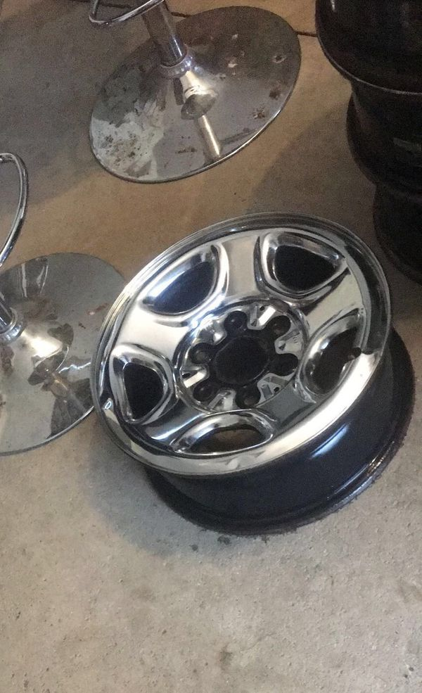 "16"" Chevy 6 lug rims on good tires"