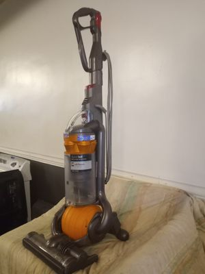 Dyson DC25 Vacuum Cleaner for Sale in Dundalk, MD