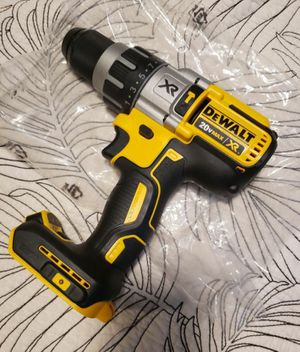 New Dewalt. MAX -XR Hammer Drill for Sale in North Miami Beach, FL