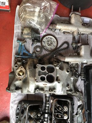 81 corvette, Chevy 350 parts, carb, headers, cam for Sale in Wood Dale, IL