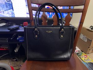 Fairly used Kate spade handbag for Sale in Woodlawn, MD