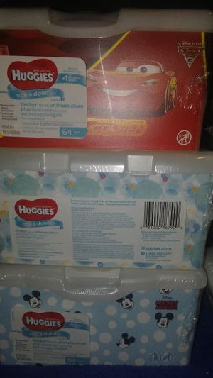Pamper and Huggies wipes for $2 each for Sale in Houston, TX