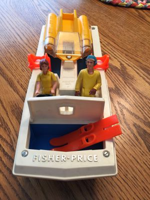Vintage Boat and Accessories Fischer Price for Sale in Naperville, IL