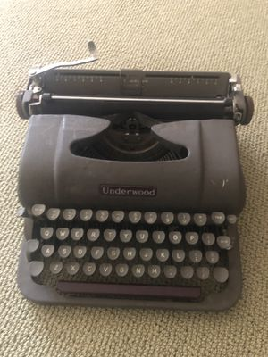 Underwood Champion Typewriter for Sale in Jamul, CA
