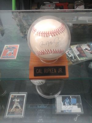 Call Ripken Jr signed autographed base ball for Sale in Charlotte, NC