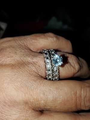 Zion wedding ring 7 1/2 to 8 for Sale in Del Valle, TX