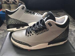 Jordan Retro 3 Wolf Grey for Sale in Everett, WA
