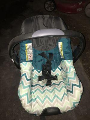 Evenflo car seat for Sale in Modesto, CA