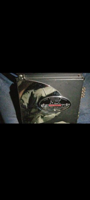 MTX thunder4244 amplifier ...its a 2 or 4 channel.. for Sale in Tulare, CA