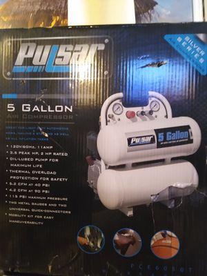 Compresor 5 galones nuevo en caja for Sale in Jurupa Valley, CA