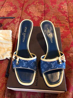 Authentic Louis Vuitton denim slide heel size 39 1/2 for Sale in Gig Harbor, WA