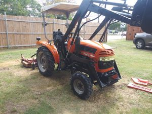 Front loader tractor for Sale in Fort Worth, TX
