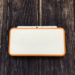 Nintendo 2DS XL with 3DS Games for Sale in Gilbert, AZ