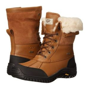 UGG Adirondack Shearling Lined Laced Winter Boots size 11 for Sale, used for sale  New York, NY