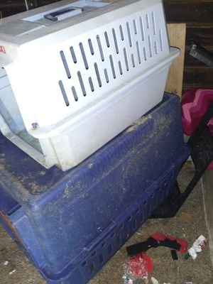 2 dog crates for Sale in St. Louis, MO