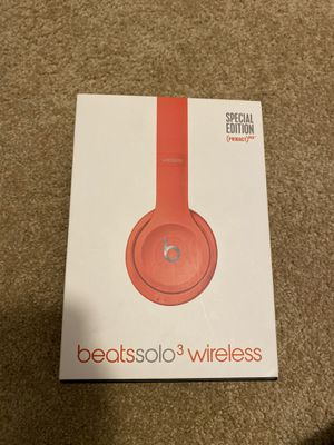 Special Edition Beats Solo 3 Wireless Headphones for Sale in Stafford Township, NJ