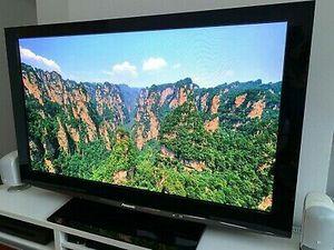 60in Panasonic HDTV tv for Sale in Columbus, OH